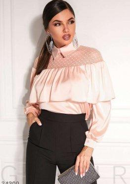 Блуза с утонченными оборкамим
