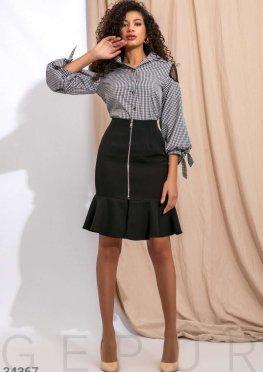 Черная облегающая юбка
