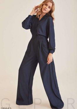 Темно-синие свободные брюки