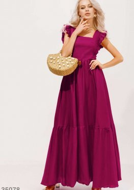 Красное платье-макси с оборками