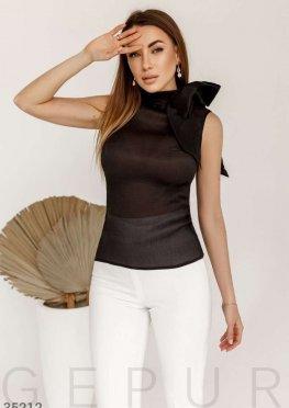 Эффектная летняя блуза