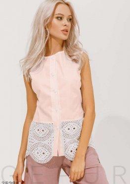 Блуза нежного персикового цвета