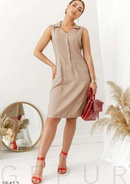 Бежевое платье-рубашка прямого кроя