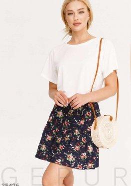 Темно-синяя юбка-мини с цветами