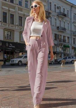 Розовый летний костюм с пиджаком