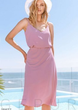 Розовая юбка из тонкой летящей ткани