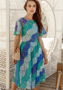 Летнее платье голубого оттенка