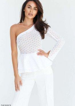 Белая асимметричная блуза с вышивкой