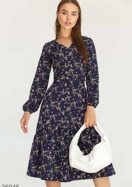 Романтичное платье с цветочным принтом