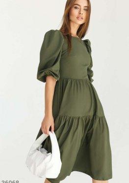 Платье с объемными рукавами цвета хаки