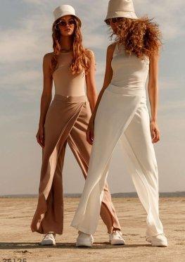 Белые брюки на запaх
