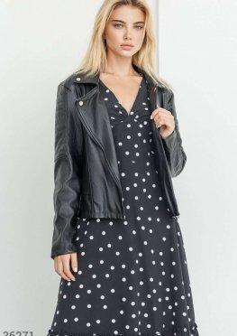 Черная куртка из искусственной кожи