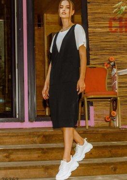 Свободный черный сарафан с карманами