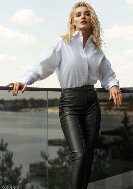 Белая блуза с пышными рукавами