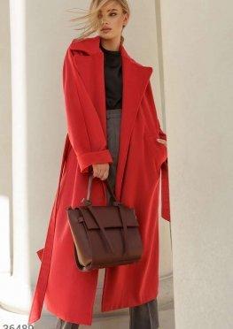 Алое пальто oversize-кроя