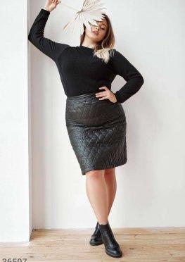 Стеганая черная юбка