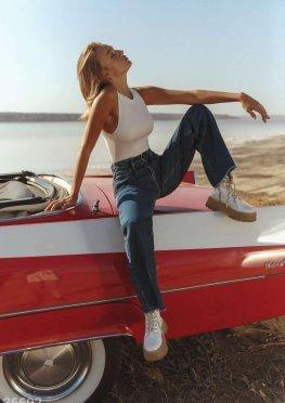 Трендовые джинсы slouchy с кокеткой
