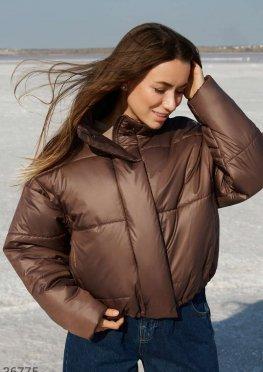 Коричневая объемная куртка
