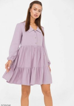 Лавандовое платье с многоярусной юбкой