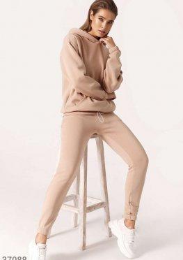 Бежевые брюки-джоггеры