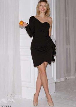 Эффектное черное платье