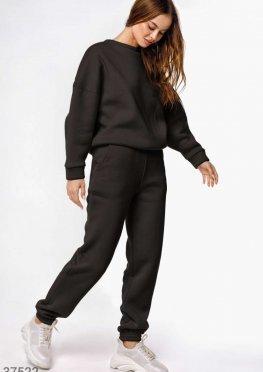 Черный костюм с джоггерами
