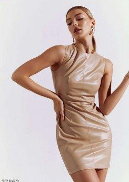 Облегающее платье из кожи