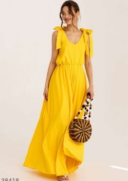 Однотонный сарафан-макси желтого цвета
