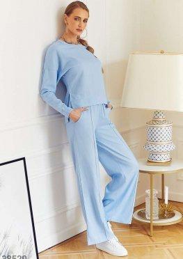 Голубой льняной костюм