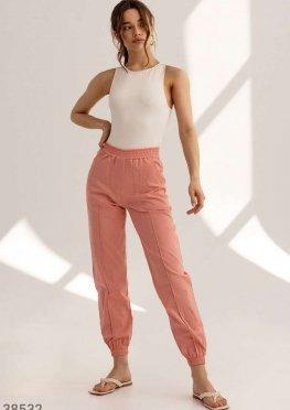 Легкие брюки-джоггеры розового цвета