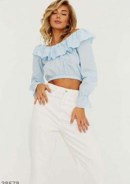 Романтичная блуза укороченного кроя