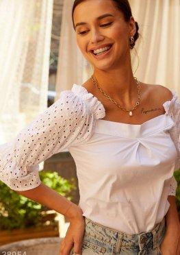 Белая летняя блуза