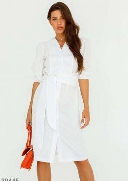 Белое платье на пуговицах