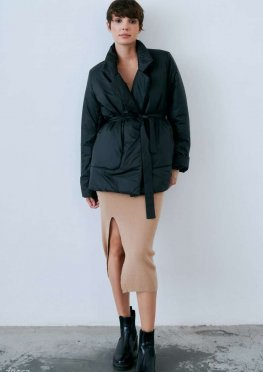 Черная куртка с поясом