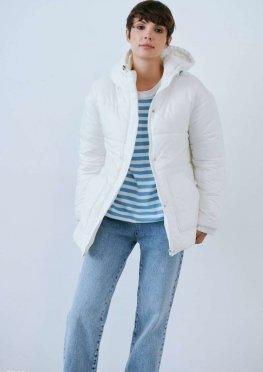 Молочная куртка с поясом