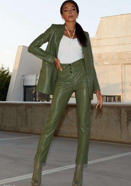 Фисташковый пиджак из эко-кожи
