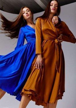 Платье миди цвета электрик