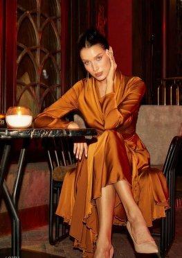 Платье миди бронзового цвета