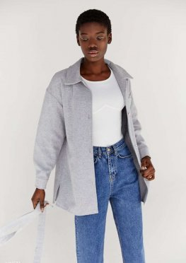 Серая куртка-рубашка с поясом