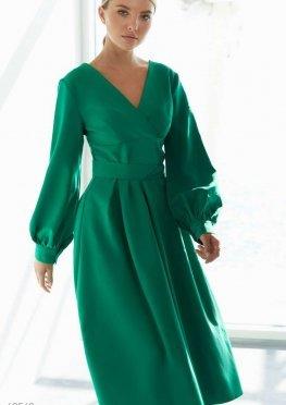 Зеленое платье миди с пышными рукавами
