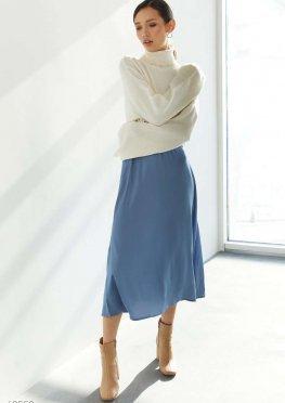 Атласная голубая юбка миди