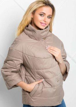 Бежевая демисезонная куртка  с отстежным рукавом