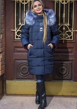 Зимняя женская куртка синего цвета с мехом
