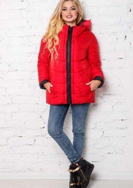 Красная укороченная куртка демисезонная