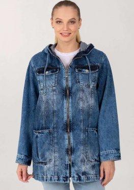 Демисезонная женская джинсовая куртка-ветровка на молнии с капюшоном