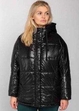 Женская зимняя куртка с капюшоном черная