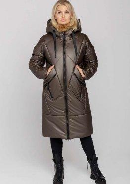 Женское стильное зимнее пальто с капюшоном цвета кофе