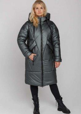 Женское стильное зимнее пальто с капюшоном оливкового цвета
