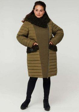 Пальто двубортное с опушкой