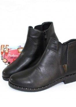 Черные ботинки на осень